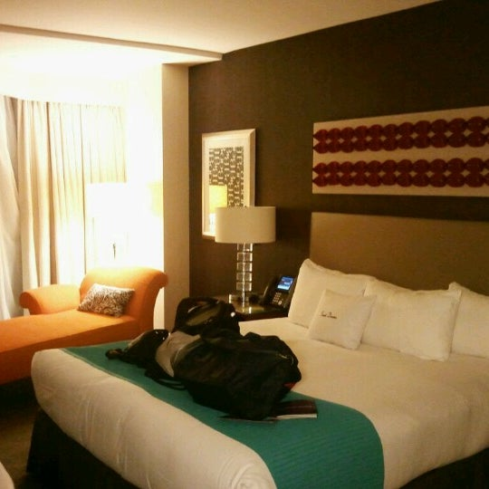 Photo taken at theWit Chicago - A DoubleTree by Hilton Hotel by Brent O. on 8/3/2012