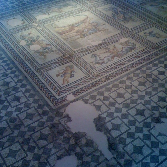 Photo taken at Musée de l'Arles antique by Caro M. on 9/12/2012