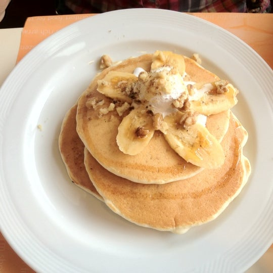 Photo taken at Pancake House by Kate Y. on 8/6/2012