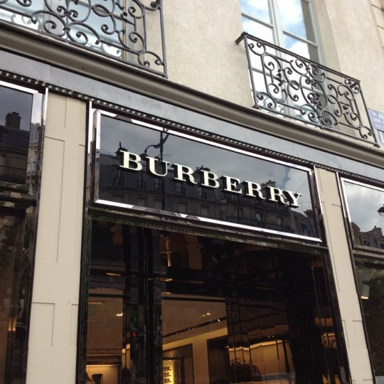 burberry clothing store in paris. Black Bedroom Furniture Sets. Home Design Ideas