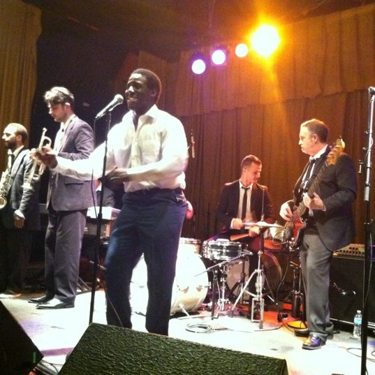 Photo taken at The Beachland Ballroom & Tavern by Stef W. on 5/11/2012