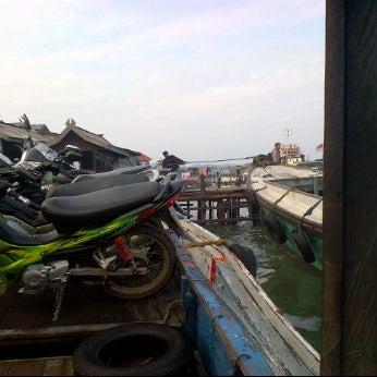 Photo taken at Pelabuhan speedboat kampung baru by Firly M. on 6/24/2012