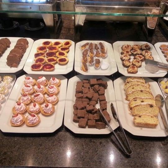 Photo taken at Confeitaria Romana by Jack M. on 8/23/2012