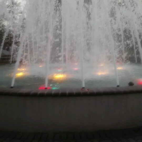 Photo taken at Lyndhurst Town Hall Park by Lovemy S. on 6/20/2012