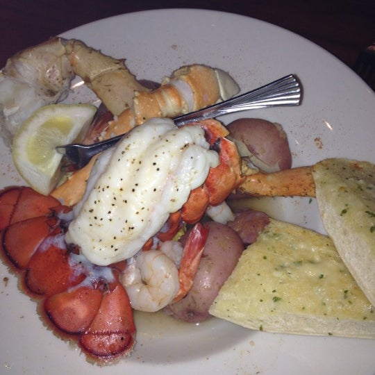 Top 10 restaurants when money is no object for Mitchell s fish market lansing