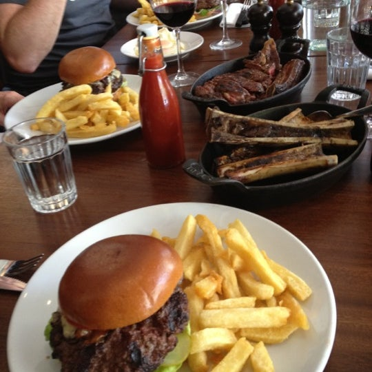 Photo taken at Hawksmoor Spitalfields by stephen r. on 6/26/2012