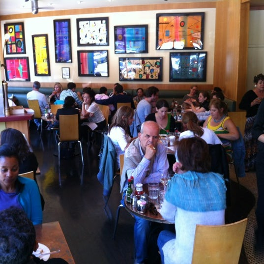 Photo taken at Caffe DeLucchi by Martin T. on 7/29/2012
