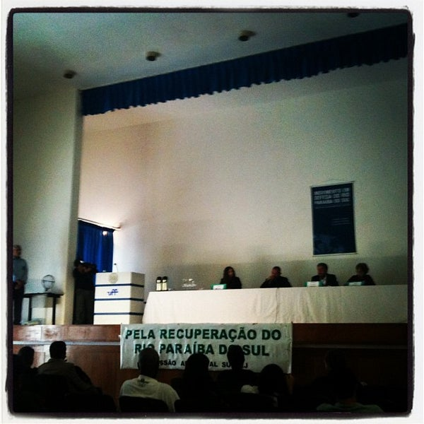 Photo taken at Escola de Engenharia - UFF by Raquel A. on 9/4/2012
