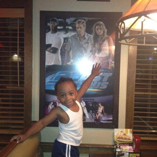 Photo taken at Applebee's by Fifi .. on 7/19/2012