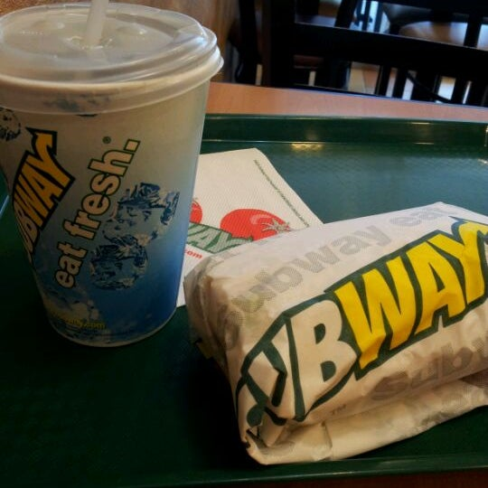Photo taken at Subway by Shazlin S. on 5/25/2012
