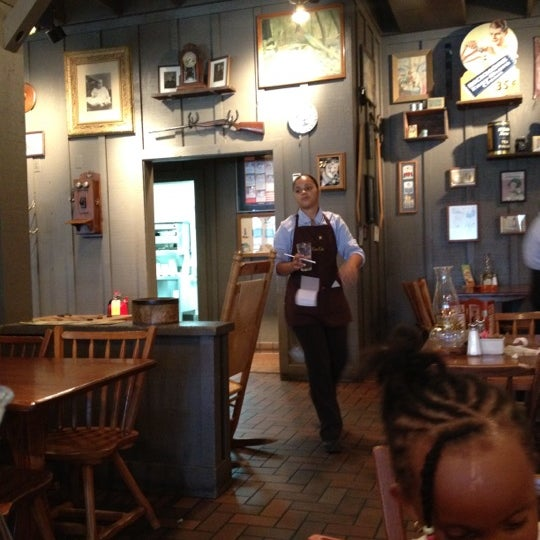 Photo taken at Cracker Barrel Old Country Store by Jae B. on 6/28/2012