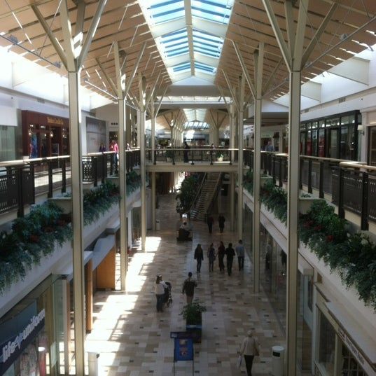 Our Exton Square Mall Store location has got you covered. We're your one-stop shop in Exton, PA. We have phones, tablets, wearables, and more that you'll love. We also offer in-store activation, so you can get your device up and running in no time. Need a case? How about a charger?Location: Exton Square Parkway,