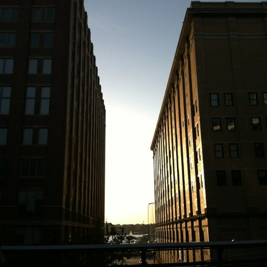 Photo taken at High Line 10th Ave Amphitheatre by Yiannis on 5/18/2012