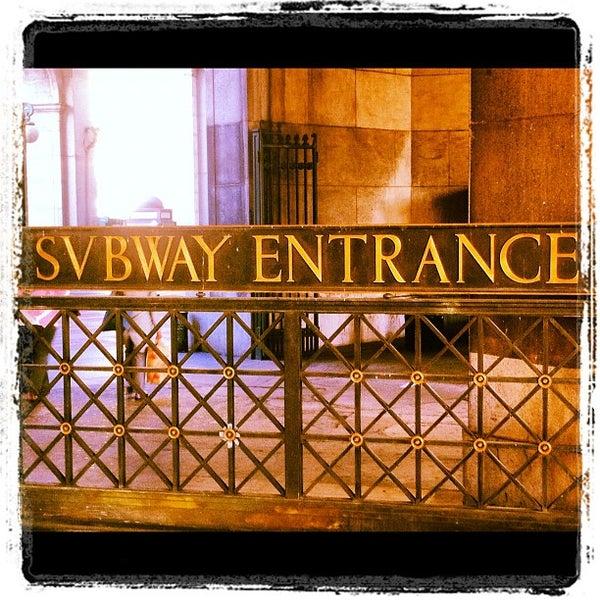 Brooklyn Bridge/City Hall/Chambers St (J/Z/4