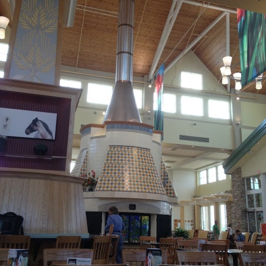 Cajun Cafe Fargo West Acres