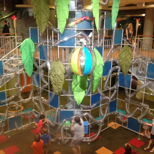 Photo taken at Museum of Discovery Little Rock by Madeline B. on 6/14/2012