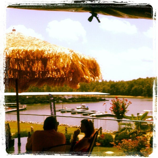 Photo taken at Fish Tales Lakeside Grille by Keely D. on 7/26/2012