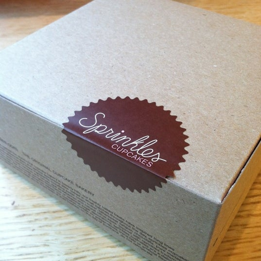 Photo taken at Sprinkles Cupcakes by Kirstie on 5/22/2012