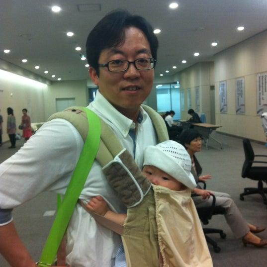 Photo taken at LG전자 가산 R&D 캠퍼스 (LG Electronics Gasan R&D Campus) by Jihoon L. on 6/2/2012
