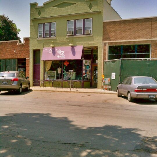 Buzz Cafe 905 S Lombard Ave