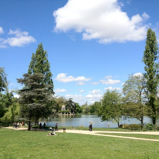 Photo taken at Lac Daumesnil by Vincent G. on 5/1/2012