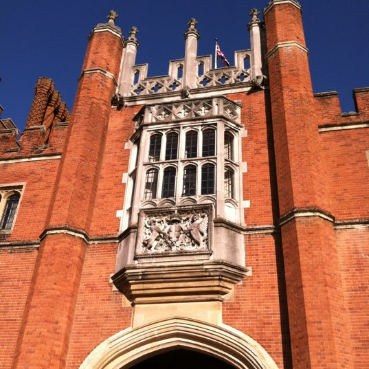 Photo taken at Hampton Court Palace by Cathy C. on 9/5/2012