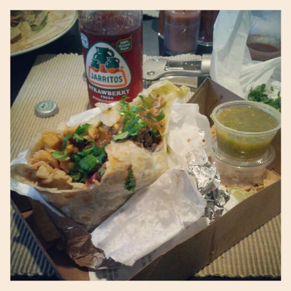 Photo taken at The Original Taco Factory by Tamæra L. on 5/23/2012