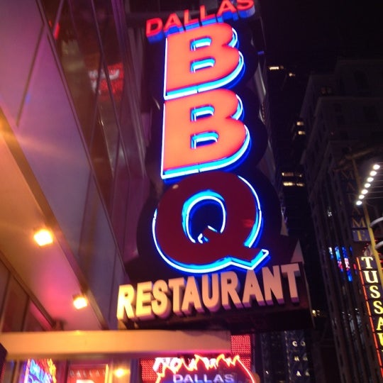 Photo taken at Dallas BBQ by Nicole C. on 4/15/2012