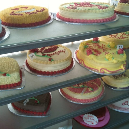 Cakes And Cream In Surulere