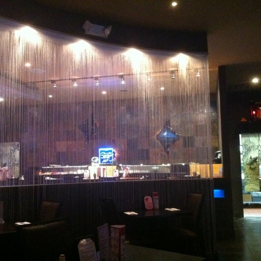 Photo taken at Ruyi Asian Fusion by Beon kyoung S. on 5/9/2012