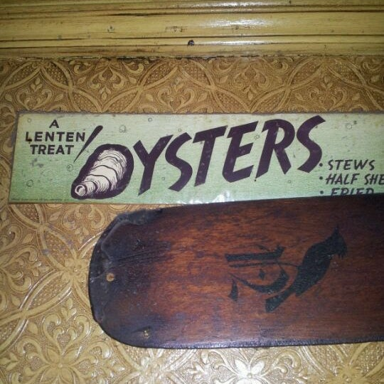 Photo taken at Ugly Oyster Drafthaus by Cliff B. on 2/26/2012