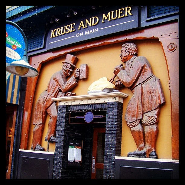 Kruse and Muer on Main