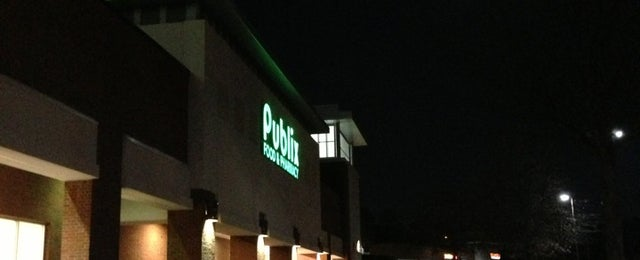 Photo taken at Publix by Topher™ on 12/31/2012