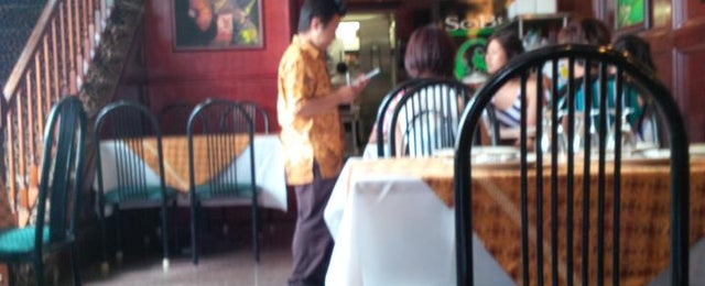 Photo taken at Indonesia Restaurant by Mokhamad N. on 7/14/2013