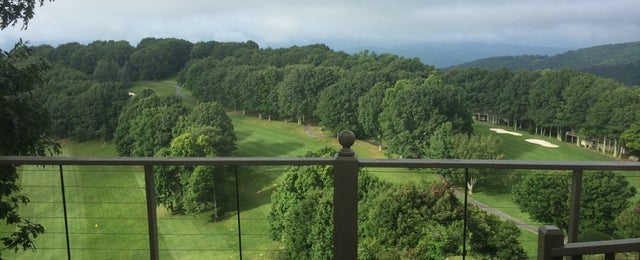 Photo taken at Beech Mountain Country Club by Holly B. on 8/1/2014