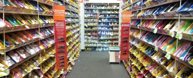 Photo taken at Payless ShoeSource by Dmytro on 4/27/2013