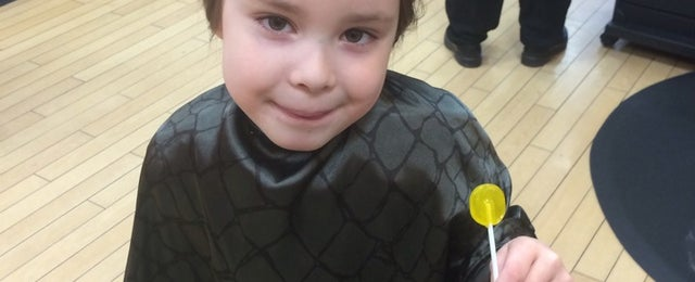 Photo taken at Hair Cuttery by Leora R. on 3/1/2014
