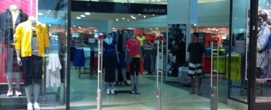 Photo taken at Nike Factory Store by Boa da Serra on 6/23/2012