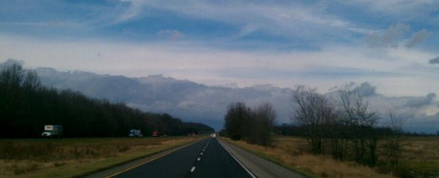Photo taken at I65 Northbound by Kevin M. on 12/15/2011