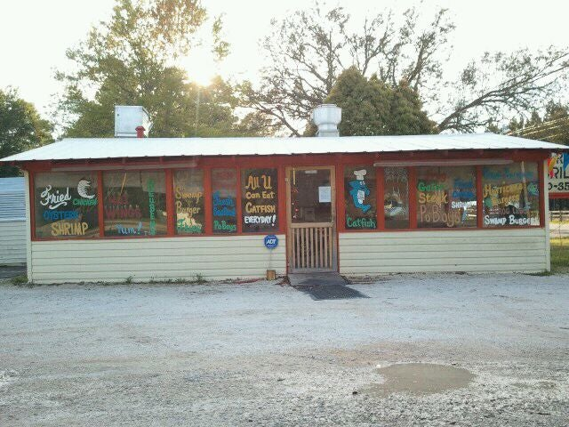 Fish river grill at 11950 cr 32 lot 1 at cr 33 fairhope for Fish river grill fairhope al