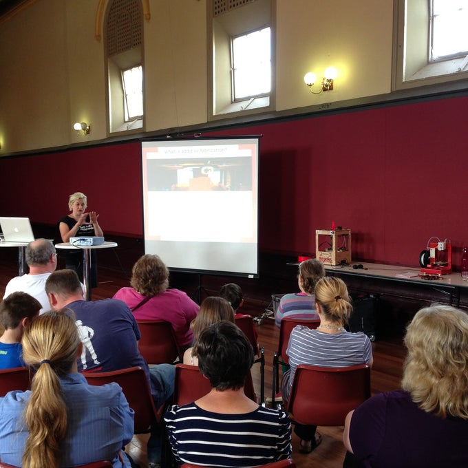Our first session at Gawler Library [photo by @AdelsAlison]