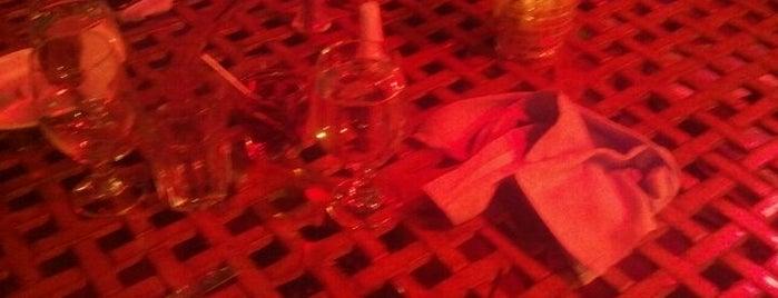 Vicki's on Walnut is one of Best Hattiesburg Dining.