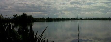 Danau Dendam Tak Sudah is one of Sight seeing in Bengkulu #4sqCities.