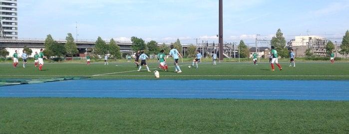 私学事業団総合運動場 is one of football.