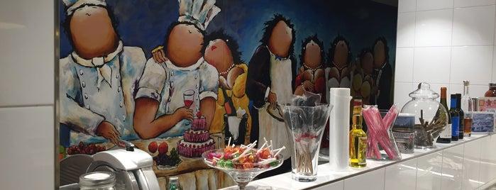 Restaurant de Lindenhof is one of 2 Michelinsterren.