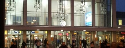 Dortmund Hauptbahnhof is one of Bahnhöfe DB.