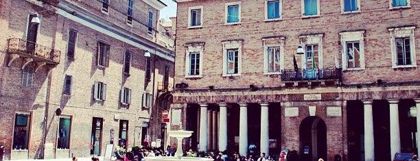 Piazza della Repubblica is one of 36 Hours in... Urbino.