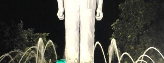 Monument Gubernur Suryo is one of Sparkling Surabaya.