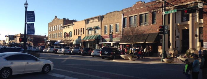 Downtown McKinney is one of Mom and pop shops @CollinCounty365.