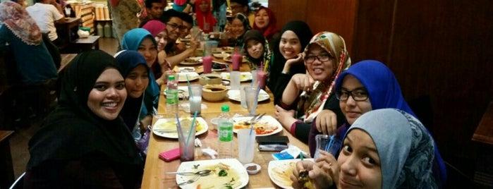 Restoran Lawang Sari is one of Must-visit Malaysian Restaurants in Shah Alam.